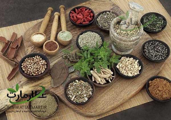 مزایای استفاده از ادویه و گیاهان دارویی در آشپزی