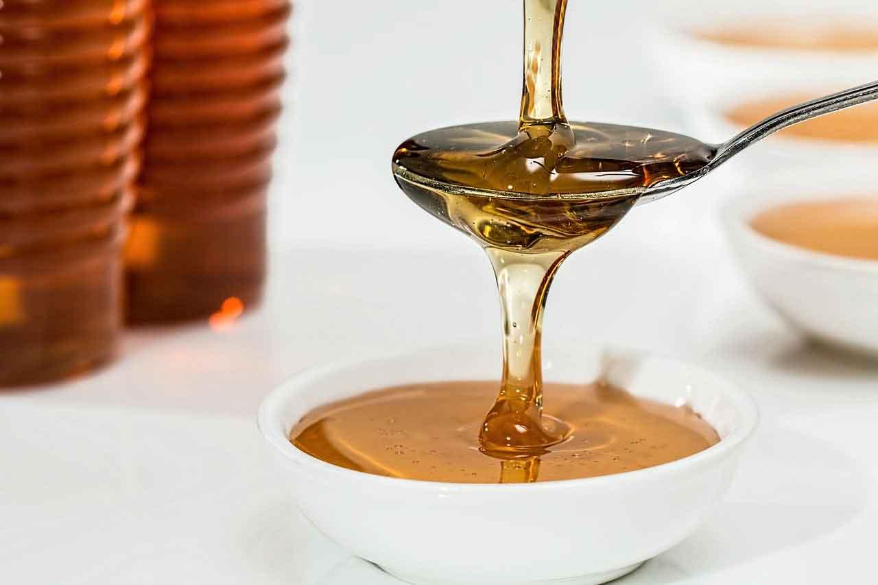 عسل یکی از اجزای معجون تقویت قوای جسمی مردان