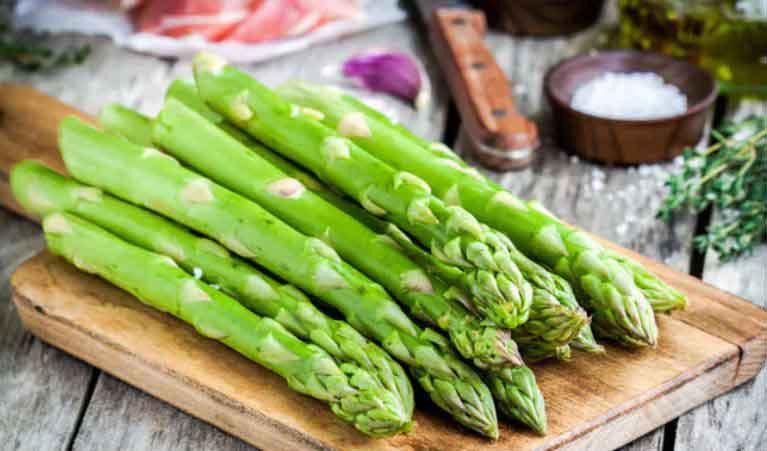 گیاه دارویی مارچوبه خوراکی برای بهبود مسئله زود انزالی