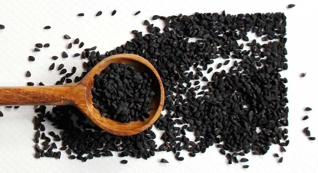 عوارض سیاه دانه
